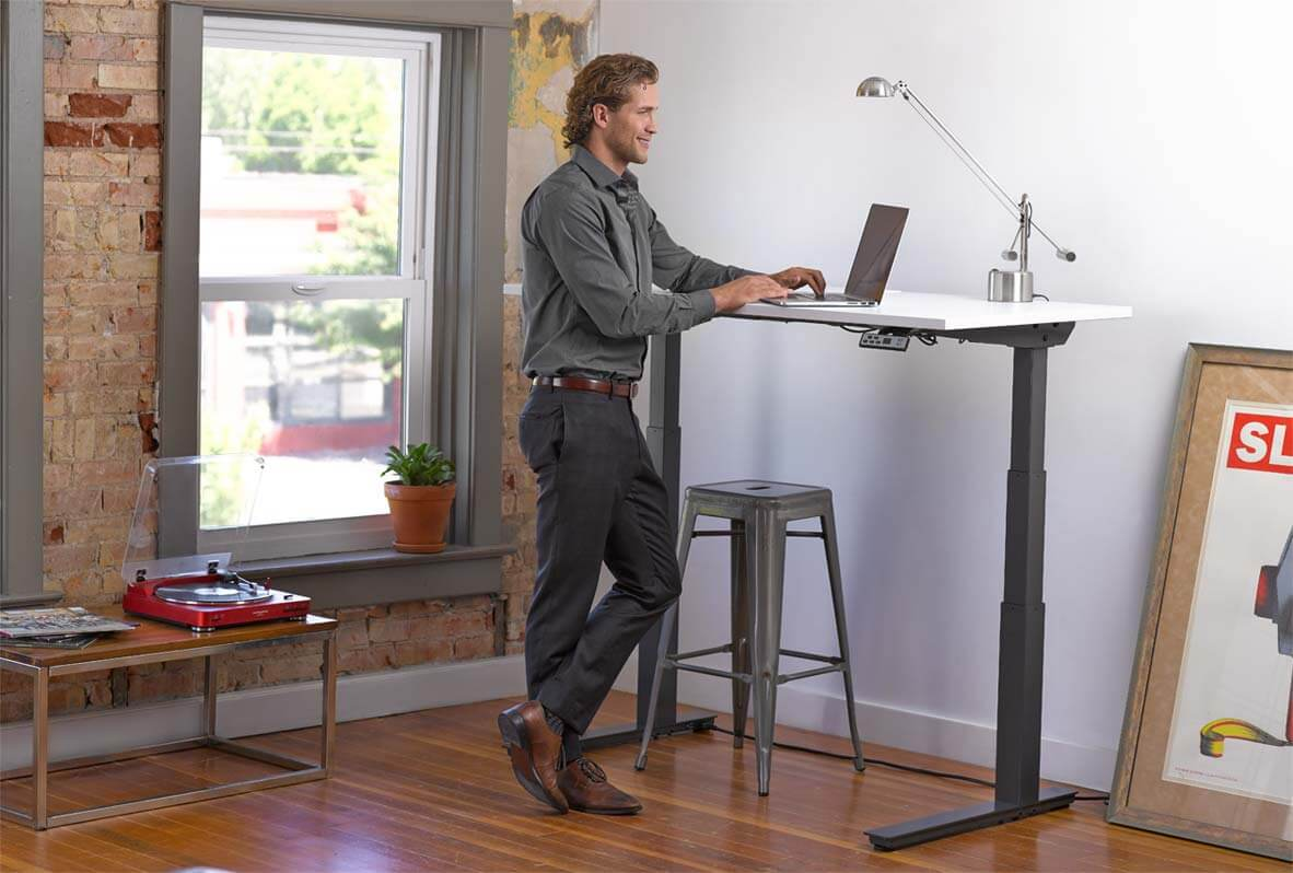 Standup Desk vs Treadmill Desk | Life Hyped